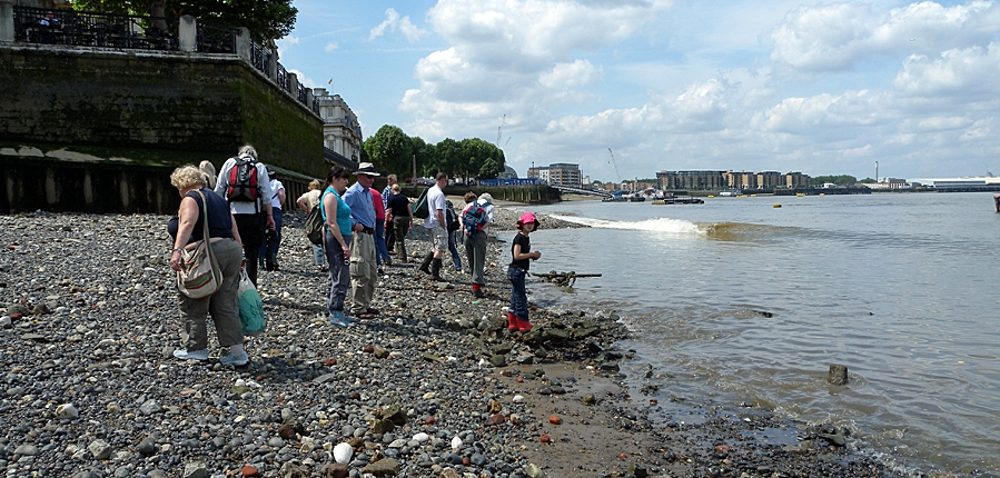 The Thames Discovery Programme of the Greenwich foreshore (c)Thames Discovery Programme