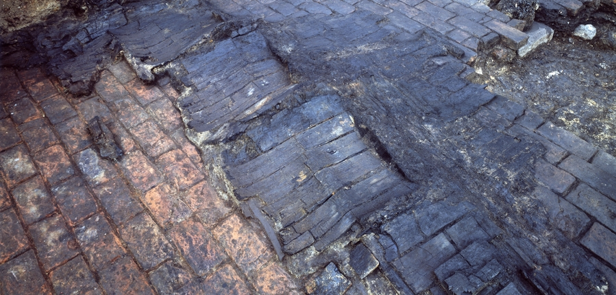 Discovering The Archaeology Of The Great Fire Of London Mola