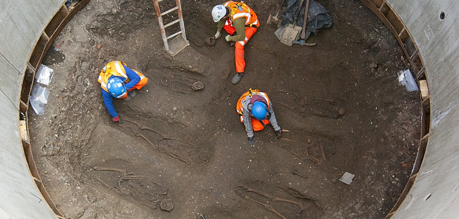 Excavation of human remains at Charterhouse Square for Crossrail