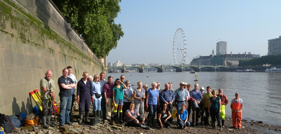 Thames Discovery Programme volunteers on the Thames foreshore