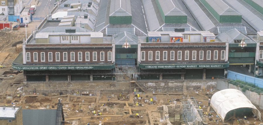 An aerial view of excavations at Spitalfields (c) MOLA