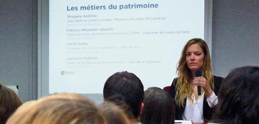 MOLA Trainee Roman Pottery Specialist presents at Sorbonne University