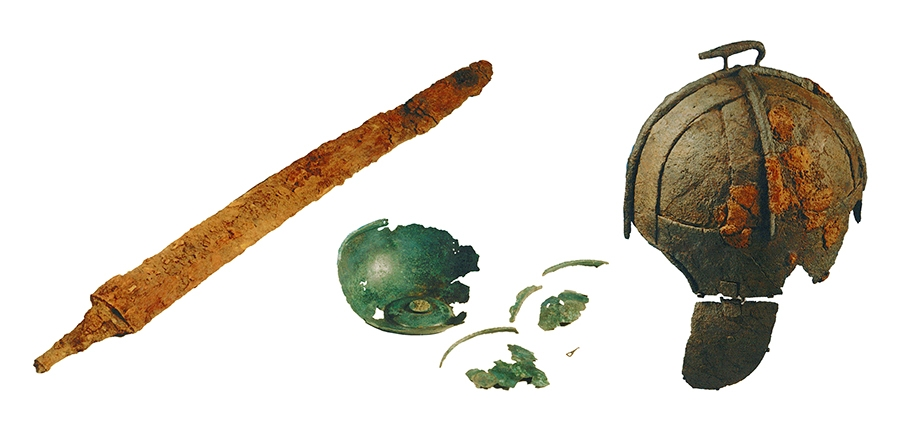 Wollaston 'Pioneer' Anglo-Saxon burial grave goods (c) MOLA
