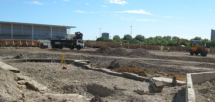 Archaeology excavation begins at Canada Water, London (c)MOLA