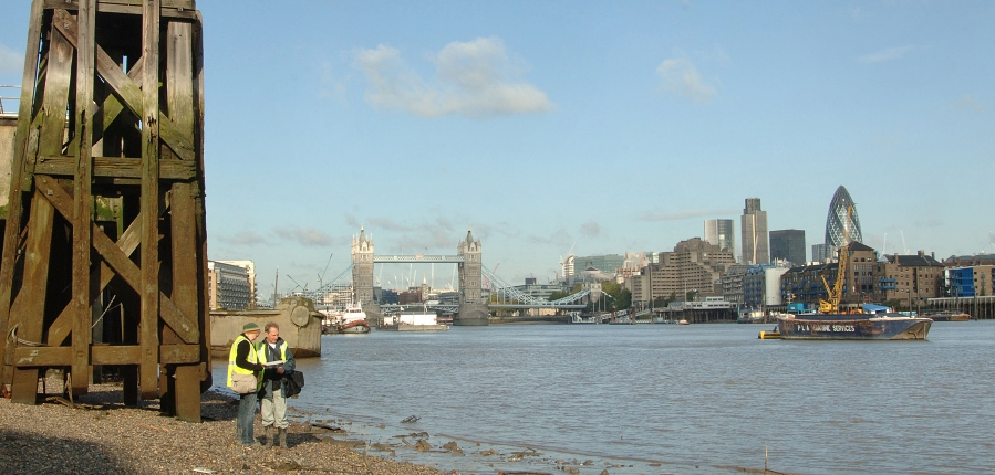 Archaeological assessment on the intertidal Thames foreshore