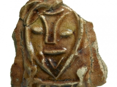 Pottery sherd with typical Tudor bearded figure (c)MOLA
