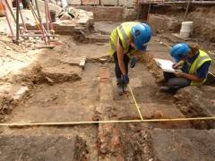 MOLA's Theatre archaeological exavation (c)MOLA