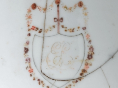Monogrammed bowl from Spitalfields 1 (c) MOLA