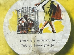 Litter is a nuisance, so Tidy up before you go (c) MOLA.jpg