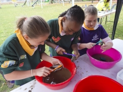 Scouts washing archaeological finds at the Allen Gardens Archaeology Open Day