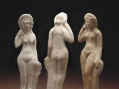 Venus figurines from Roman London (c) MOLA