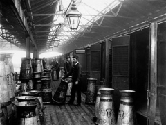Unloading milk at the Somers Town Goods Yard, 1890 - 1900; © National Railway Museum, Science & Society Picture Library