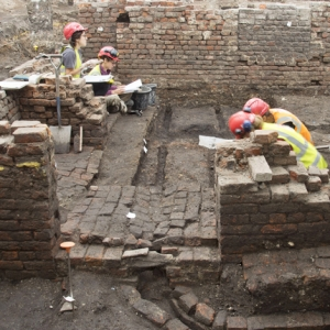 Archaeological excvation of the Curtain theatre, Shoreditch  (c) MOLA