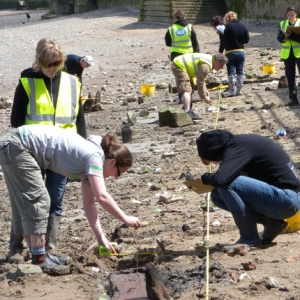 Thames Discovery Project on the foreshore