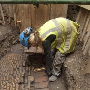 Trial excavation at Curtain Theatre sitec (c) MOLA