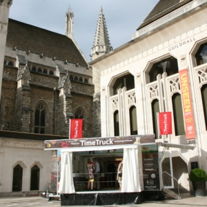 MOLA Time Truck at the Guildhall Yard (c)MOLA