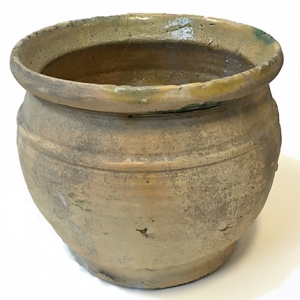 Serving pot from Ribble Estuary (c)MOLA
