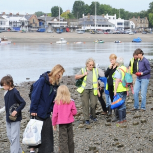 Thames Discovery Programme family foreshore event