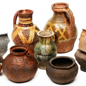 Sandy Shelly Ware Medieval pottery from London