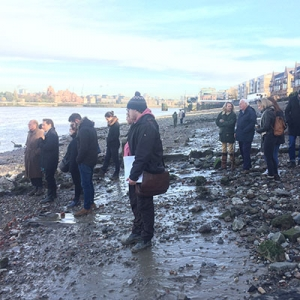 Archaeology Ambassadors on the Thames Foreshore (c) MOLA