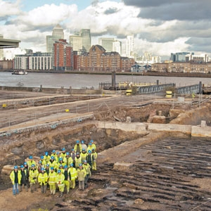 MOLA team at excavation of Convoy's Wharf