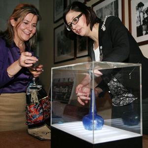 Luisa, MOLA archaeological conservator exhibits Islamic galss sprinkler