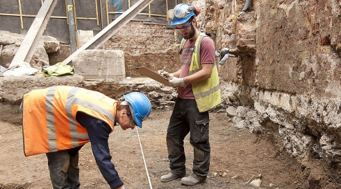 Excavating at 8-10 Moorgate, City of London